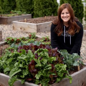 How to Grow Spinach for Beginners! 🌿👩🌾// Garden Answer