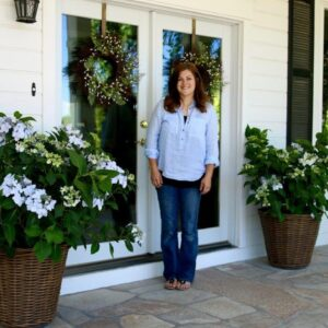 A Beautiful Way To Greet Your Guests At Your Doorway