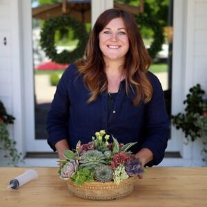 How to Create Height in a Succulent Arrangement! 🌱🥰💚// Garden Answer