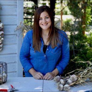 Curing, Storing, and Braiding Garlic 🌿 // Garden Answer