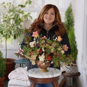 Arranging Flowers from our April Garden! 💗🌷🥰 // Garden Answer