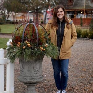 Time To Dress The Urns for Winter!