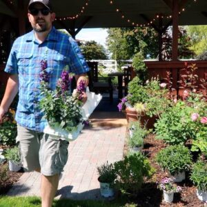 Maintaining Roses & Topiaries |Planting a Flower Bed! 🌿💚// Garden Answer