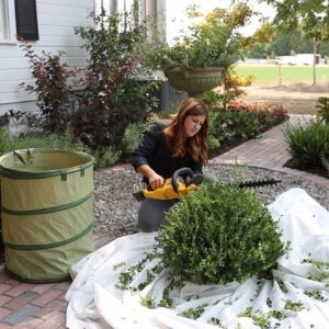 How We Maintain the Garden by Using Zones! Monday Zone! 🌿✂�💪  // Garden Answer